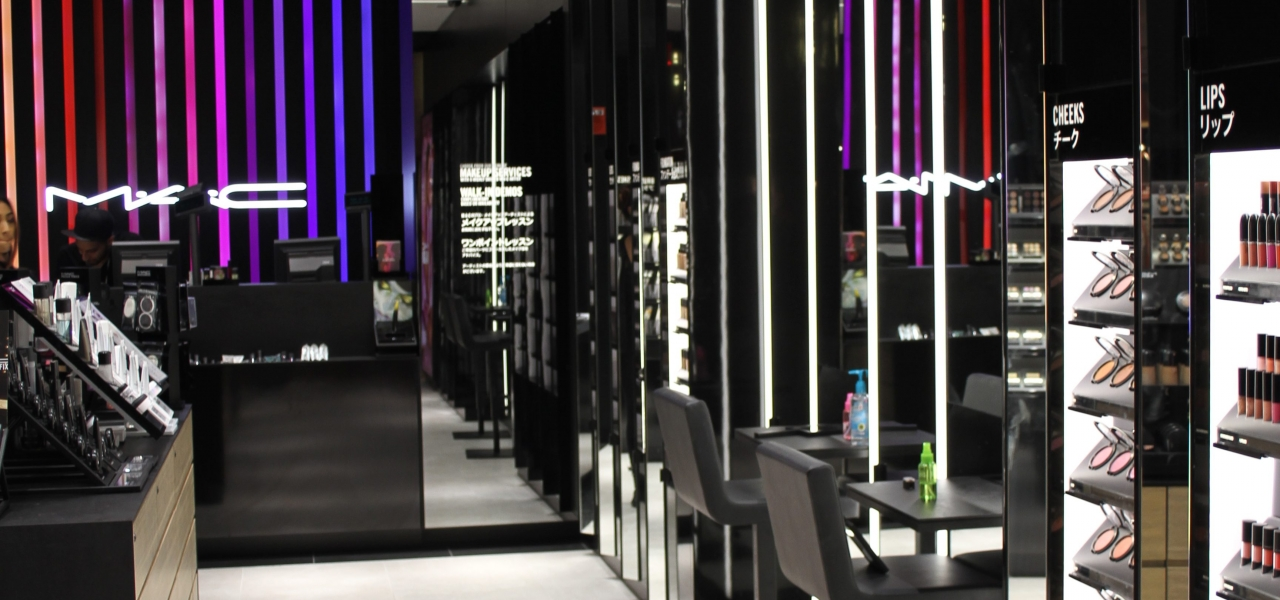seattle-airport-mac-cosmetics